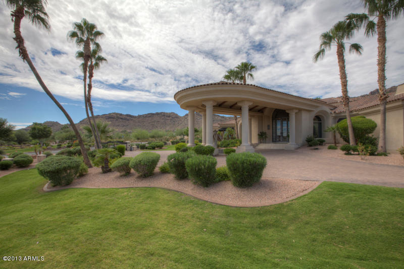 One Of The Most Breathtaking Compounds in Paradise Valley!